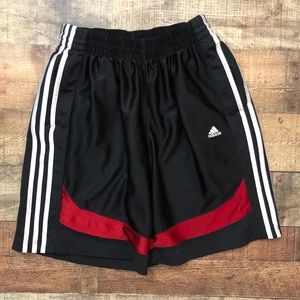 🌵Adidas men's athletic shorts with pockets medium